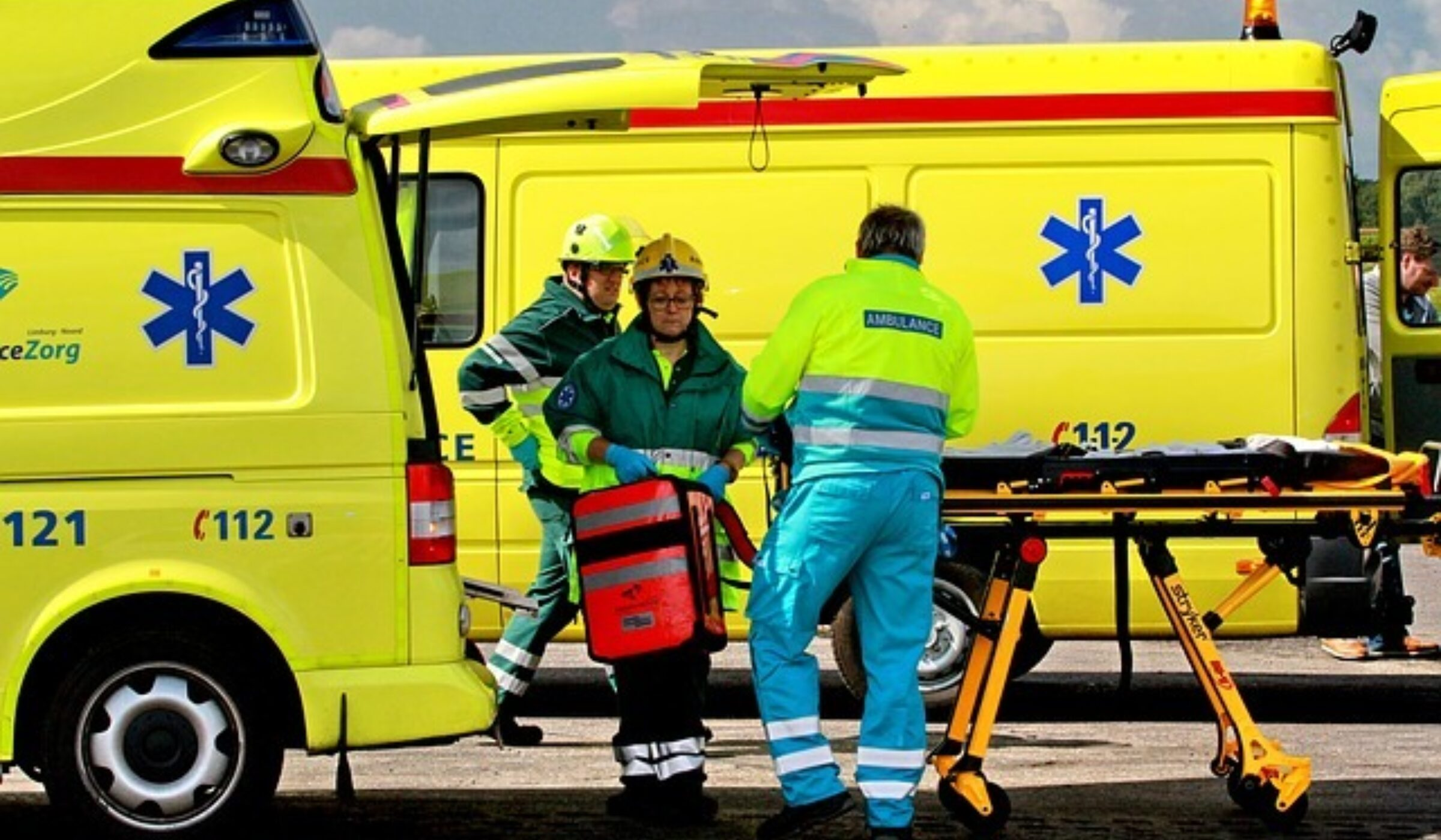 Ambulancebroeders via Pixabay, Dirk Van Elslande (3256021)